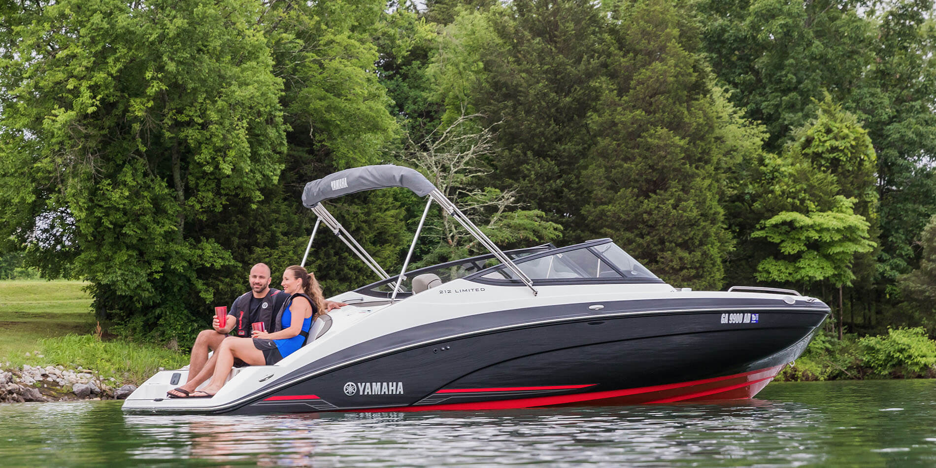 Yamaha boats 212 limited 2018 red black swim platform for 2018 yamaha jet boat